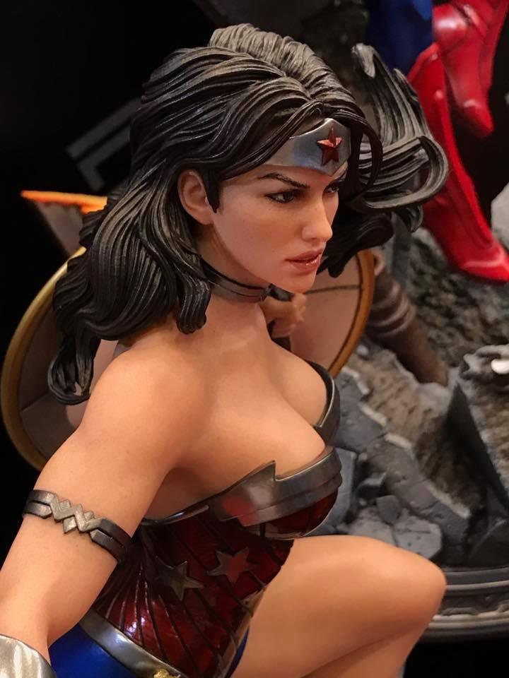 DC Comics - New 52 Wonder Woman 1/4 Statue   211
