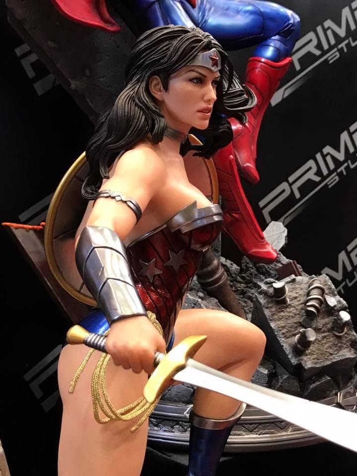 DC Comics - New 52 Wonder Woman 1/4 Statue   311