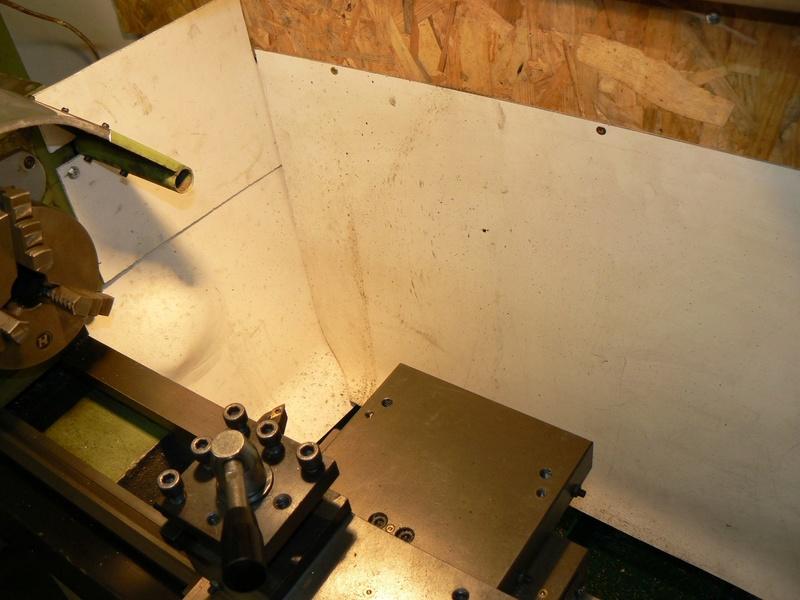 le petit tour à métaux de den's BV25L - Page 4 P1060611