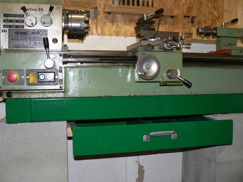 le petit tour à métaux de den's BV25L - Page 4 P1060612