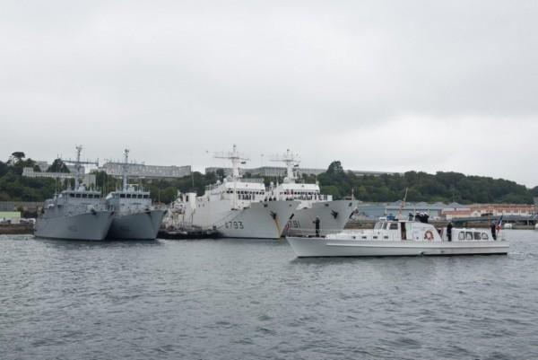 [Les ports militaires de métropole] Port de BREST - TOME 2 - Page 38 2018_m14