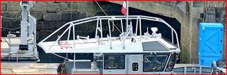 [Les ports militaires de métropole] Port de BREST - TOME 3 - Page 26 Capt1168