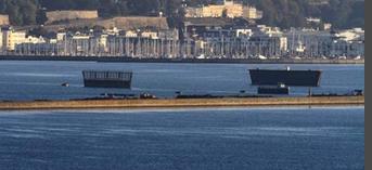 [Les ports militaires de métropole] Port de BREST - TOME 2 - Page 40 Captu103