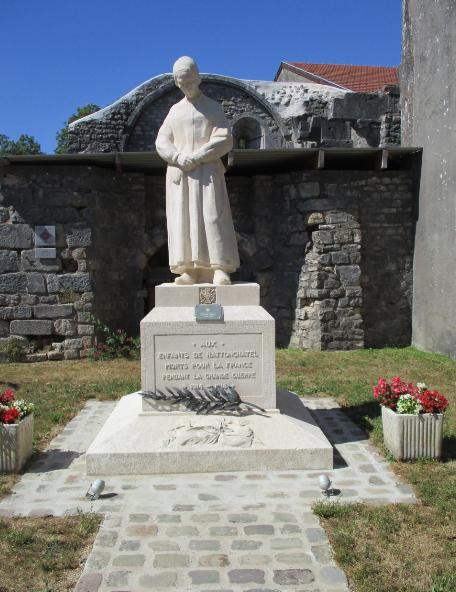 [ Histoires et histoire ] Monuments aux morts originaux Français Tome 2 - Page 17 Captu780