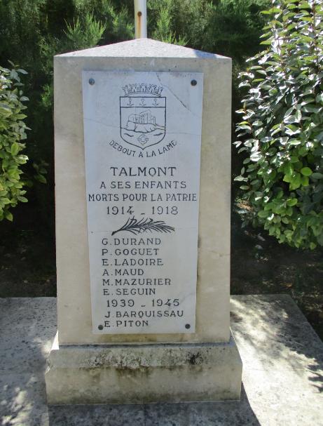 [ Histoires et histoire ] Monuments aux morts originaux Français Tome 2 - Page 18 Captu812