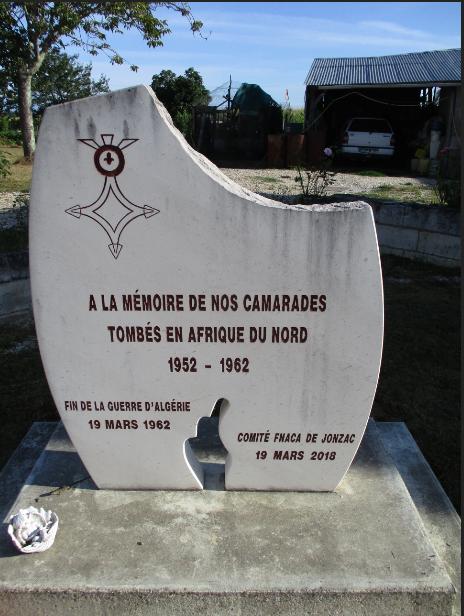 [ Histoires et histoire ] Monuments aux morts originaux Français Tome 2 - Page 18 Captu823