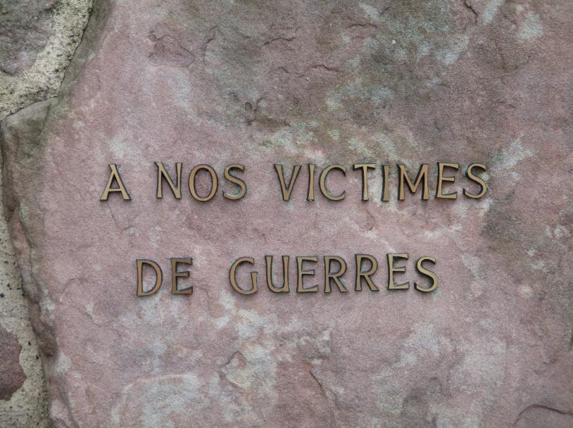 [ Histoires et histoire ] Monuments aux morts originaux Français Tome 2 - Page 17 Captur18