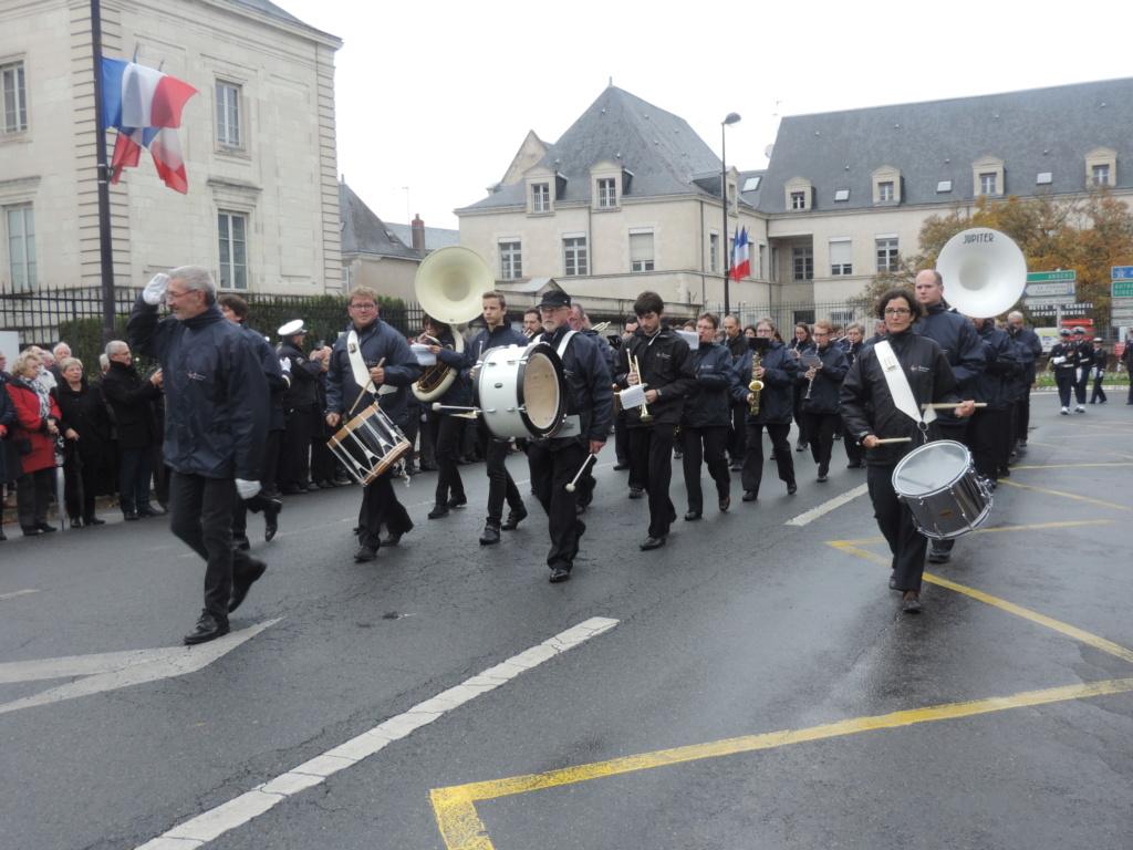 [Les traditions dans la Marine] Les Villes Marraines - Page 14 Dscn0024