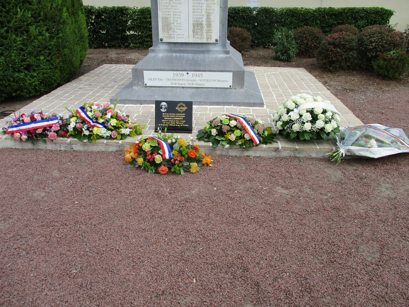 [ Histoires et histoire ] Monuments aux morts originaux Français Tome 2 - Page 23 Img_0507