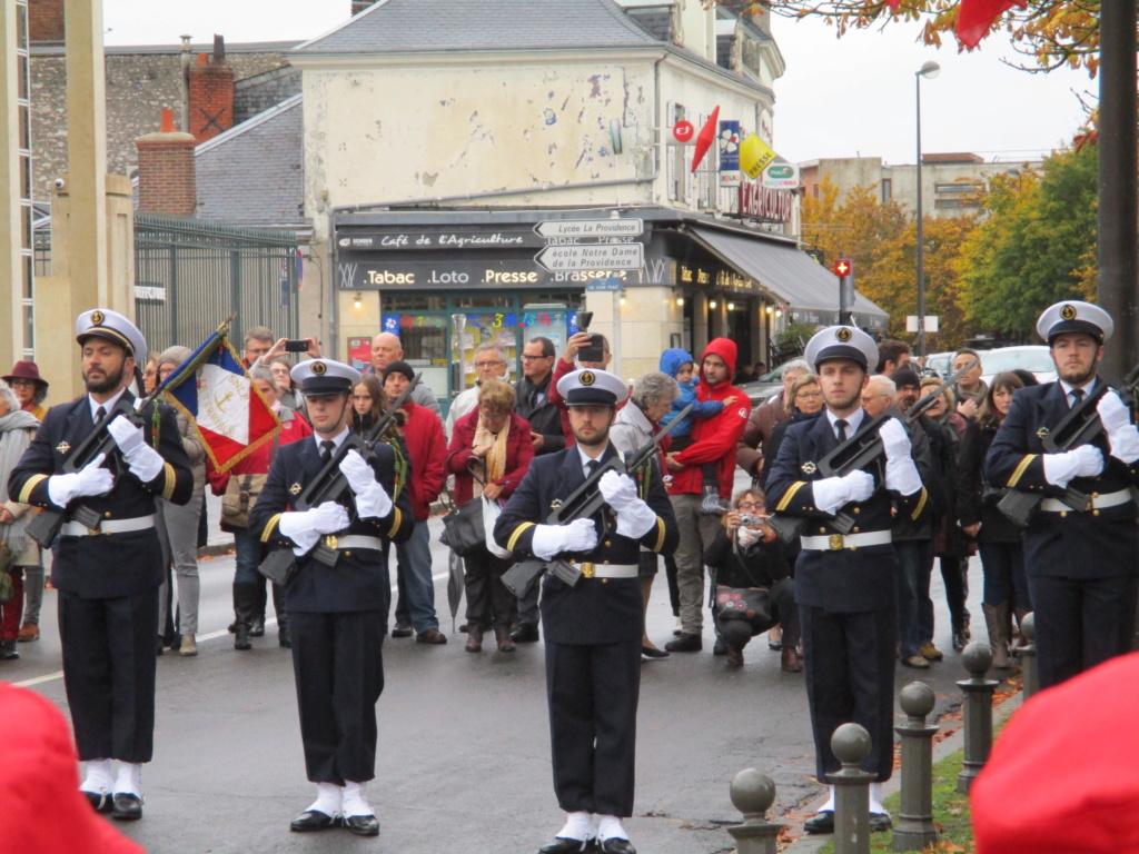 [Les traditions dans la Marine] Les Villes Marraines - Page 13 Img_3922