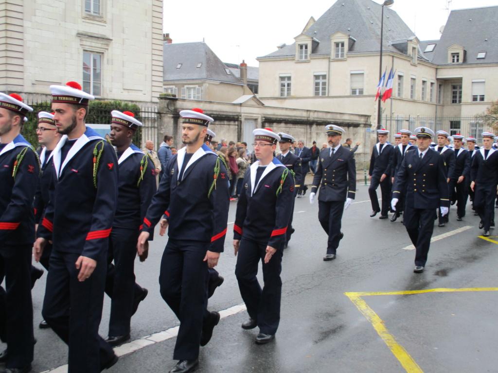 [Les traditions dans la Marine] Les Villes Marraines - Page 13 Img_3936