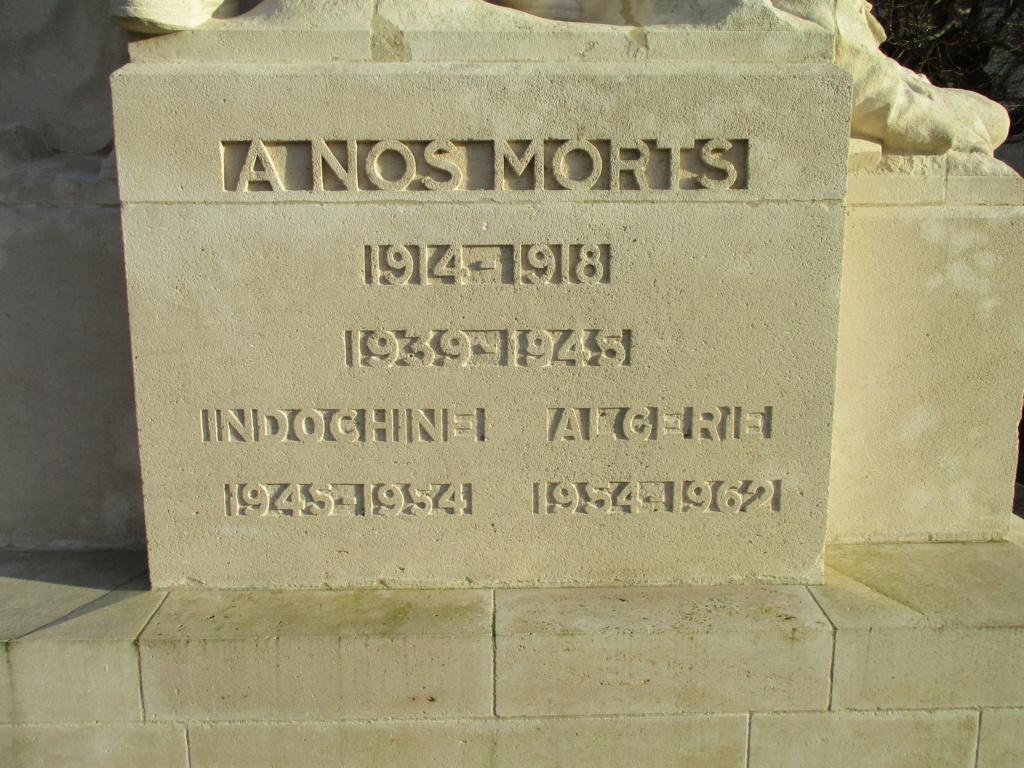 [ Histoires et histoire ] Monuments aux morts originaux Français Tome 2 - Page 15 Img_5843
