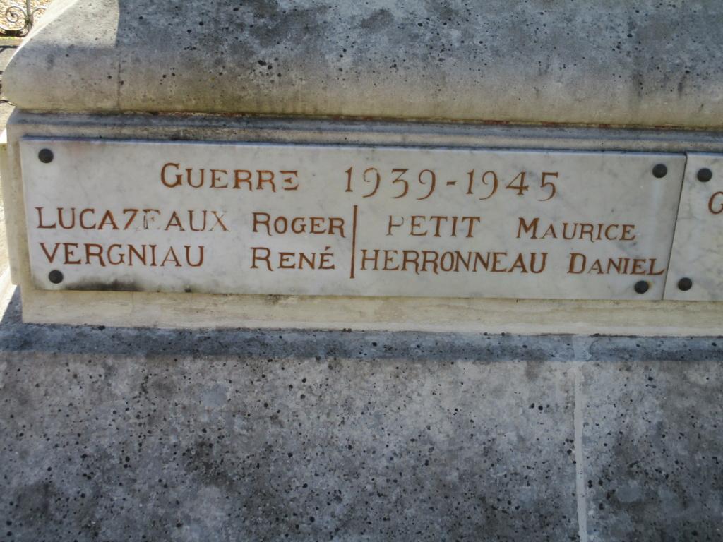 [ Histoires et histoire ] Monuments aux morts originaux Français Tome 2 - Page 18 Img_6618