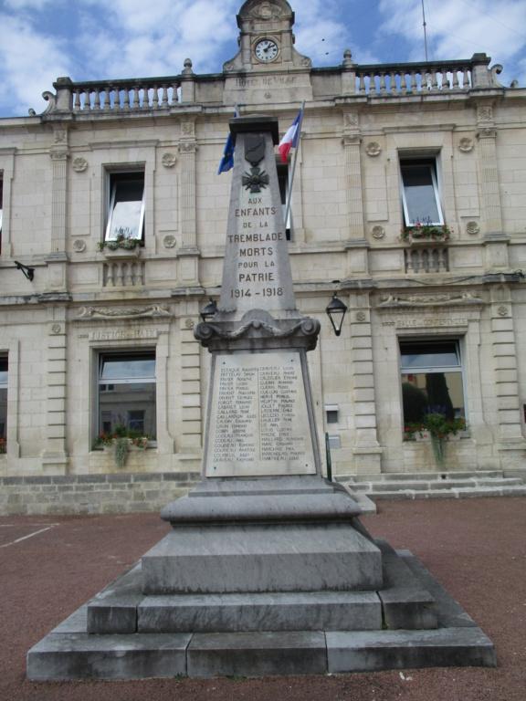 [ Histoires et histoire ] Monuments aux morts originaux Français Tome 2 - Page 18 Img_6822