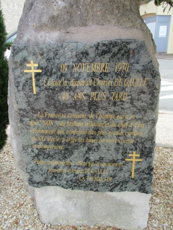 [ Histoires et histoire ] Monuments aux morts originaux Français Tome 2 - Page 18 Img_6825