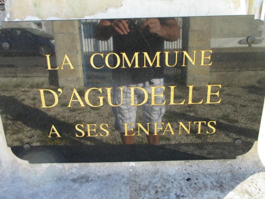 [ Histoires et histoire ] Monuments aux morts originaux Français Tome 2 - Page 18 Img_7310