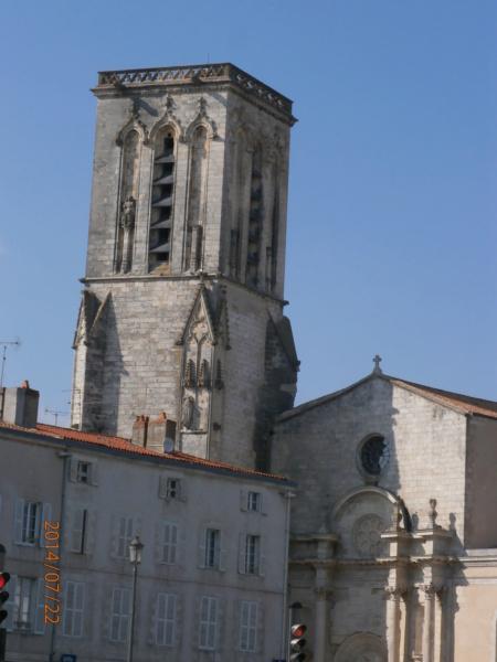 [Vie des Ports ] Port de La Rochelle  - Page 9 P7220116