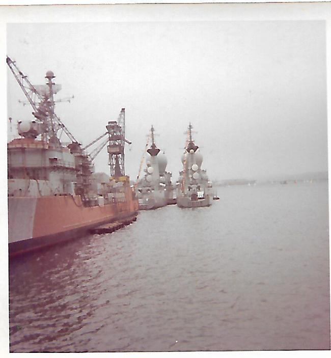 [Les ports militaires de métropole] Port de BREST - TOME 3 - Page 17 Scan_204