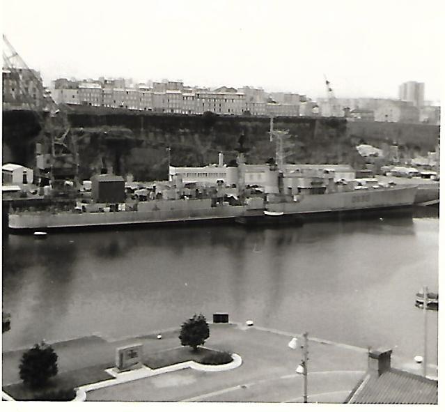 [Les ports militaires de métropole] Port de BREST - TOME 3 - Page 17 Scan_205