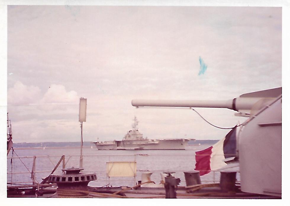 [Les ports militaires de métropole] Port de BREST - TOME 3 - Page 17 Scan_206