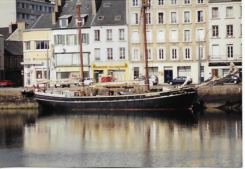 [Activité des ports hors Marine] LE PORT DE CHERBOURG - Page 19 Scan_409