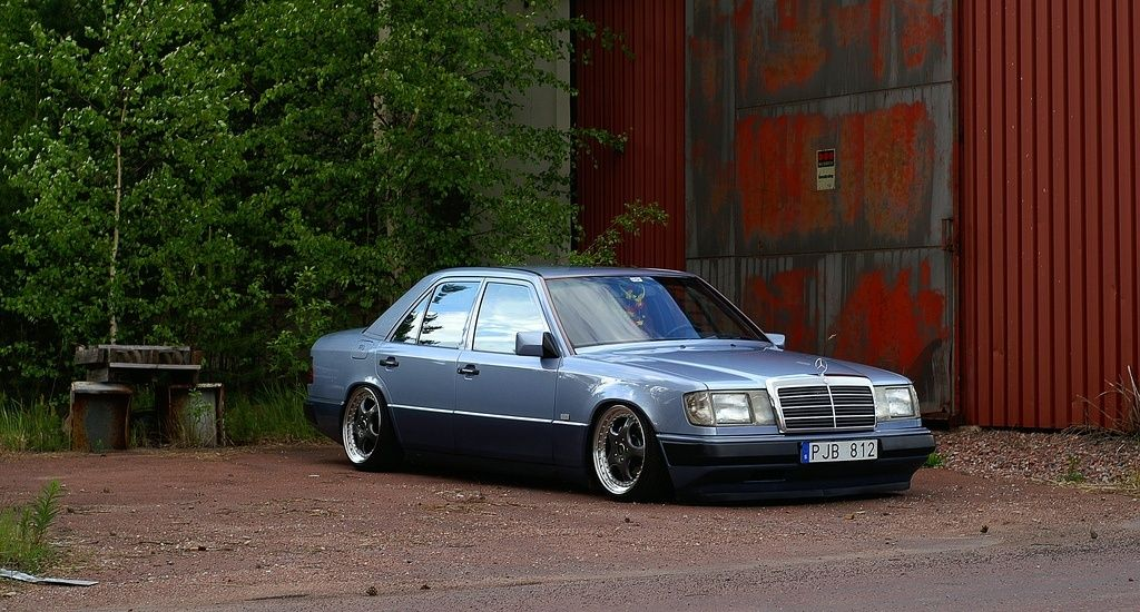 mercedes - Page 26 44764611
