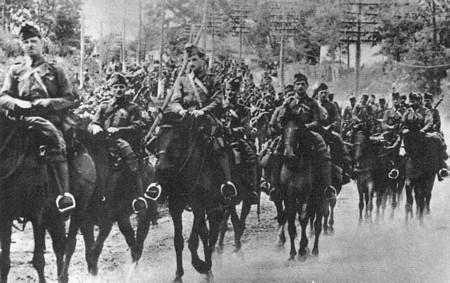 Pervomaysk 16 août 1941 : les huszar chargent Huszar10