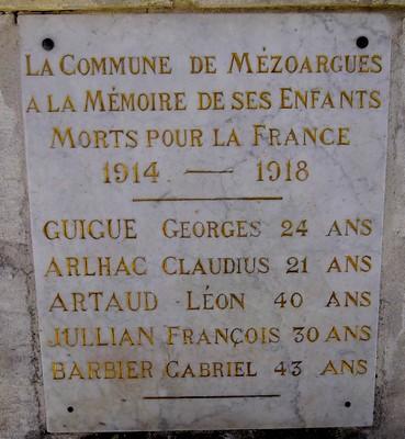 40 000 monuments pour 1 350 000 morts pendant la guerre de 14-18 [sujet collaboratif : on a besoin de vous !] - Page 4 13_sai11