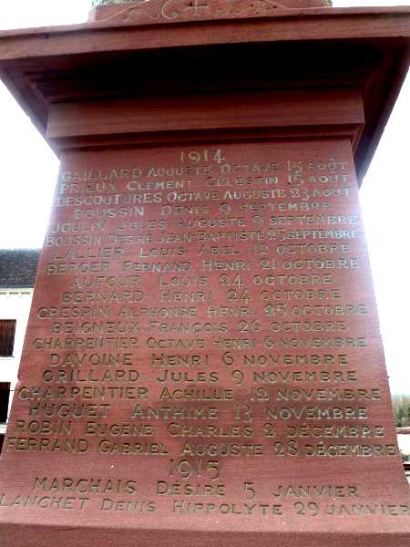 40 000 monuments pour 1 350 000 morts pendant la guerre de 14-18 [sujet collaboratif : on a besoin de vous !] - Page 3 Listem10