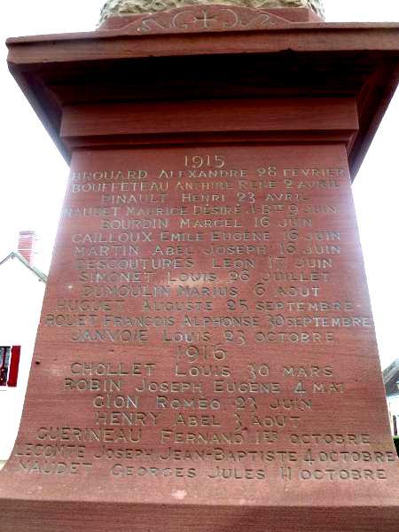 40 000 monuments pour 1 350 000 morts pendant la guerre de 14-18 [sujet collaboratif : on a besoin de vous !] - Page 3 Listem11