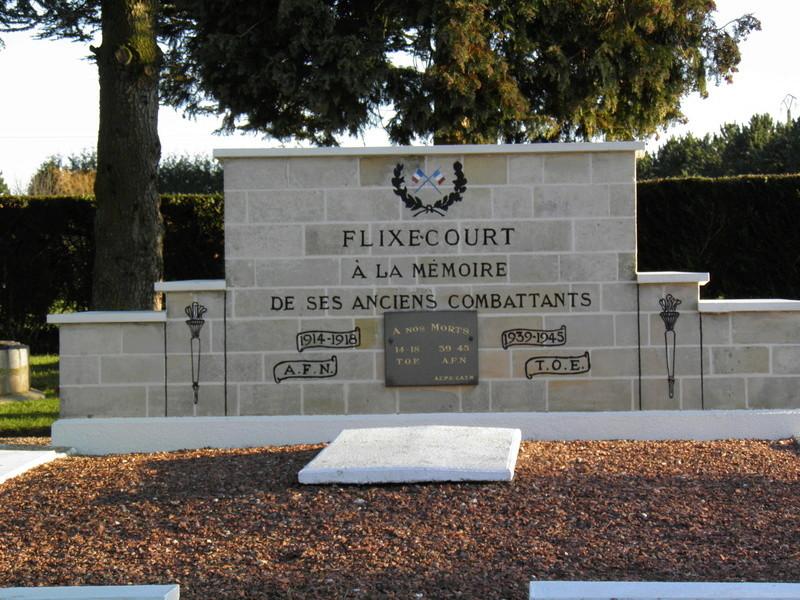 40 000 monuments pour 1 350 000 morts pendant la guerre de 14-18 [sujet collaboratif : on a besoin de vous !] P1160010