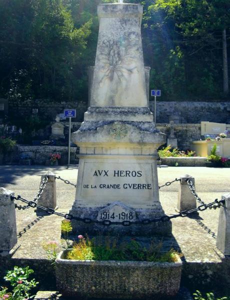 40 000 monuments pour 1 350 000 morts pendant la guerre de 14-18 [sujet collaboratif : on a besoin de vous !] - Page 3 Vaison10