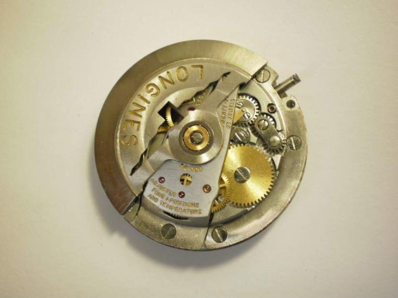 Breitling - [Ici TOPIC des demandes d'IDENTIFICATION et RENSEIGNEMENTS de vos montres] Longin11