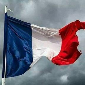 Le corps d'un soldat français rapatrié d'Algérie 61 ans après sa mort . 18268210