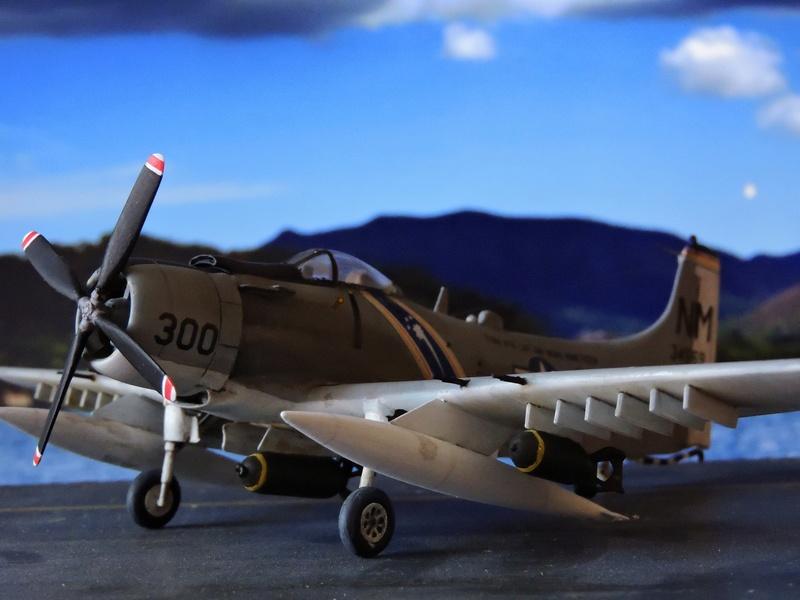 [AIRFIX] skyraider A 18 Skyrai37