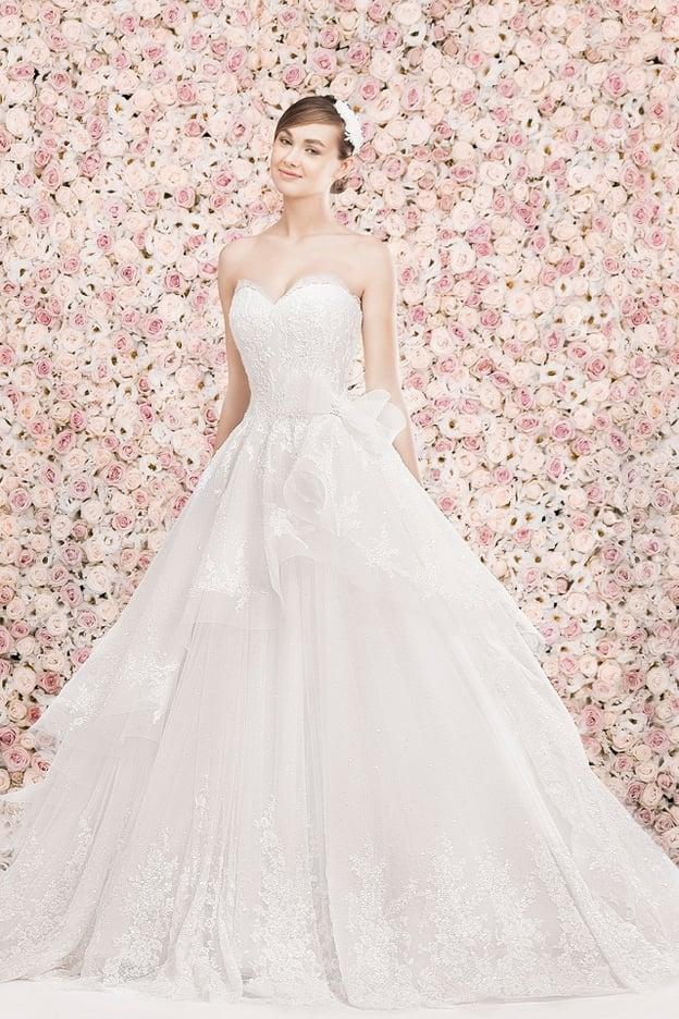 كيف تختارين فستان زفافك بحسب جسمك؟ 13990110