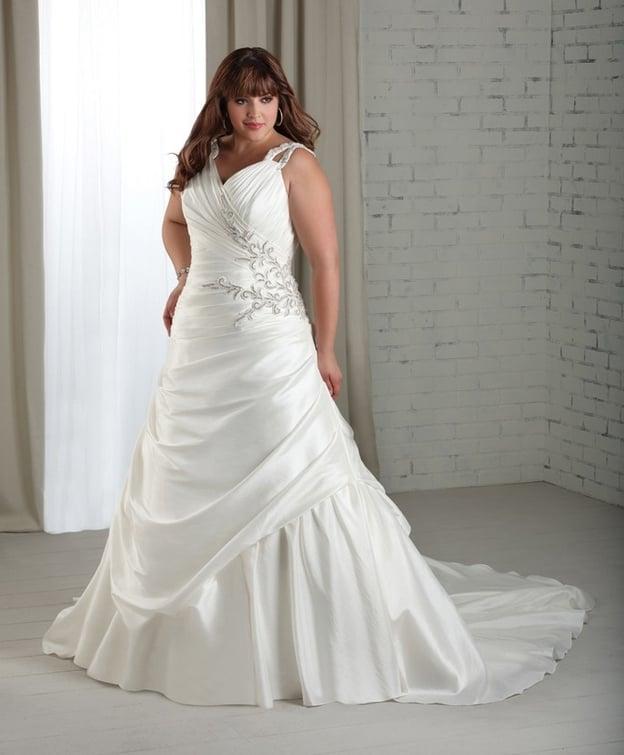 كيف تختارين فستان زفافك بحسب جسمك؟ 14014910