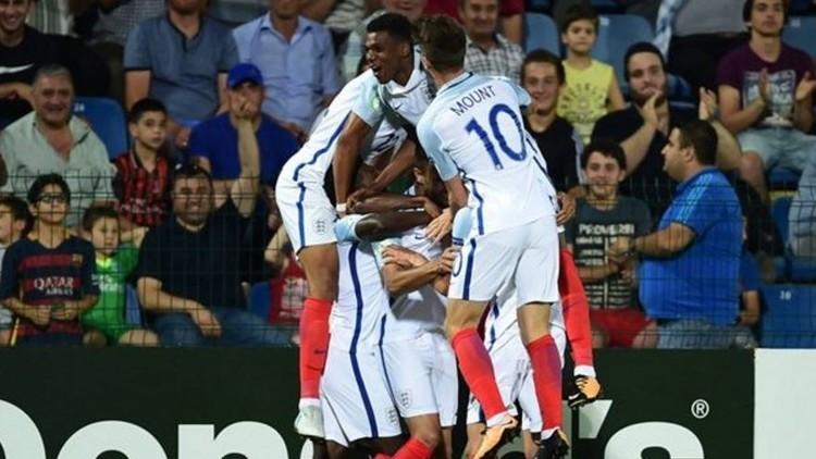 إنجلترا بطلة لأوروبا للشباب 596a5b10