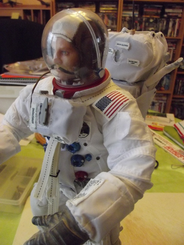 Neil Armstrong 1/6 version orlan72 - Page 2 Dscf1815