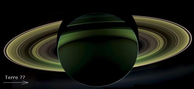 Vue spectaculaire des anneaux de Saturne par Cassini 121010