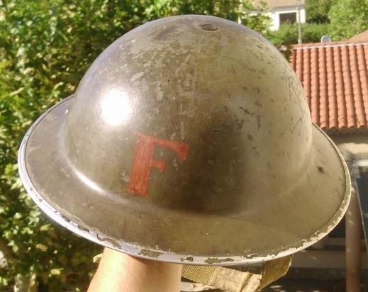 Un casque canadien ? Dsc_1911