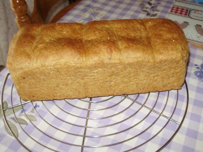 Pain de mie à la farine complète et aux graines Pain_d10