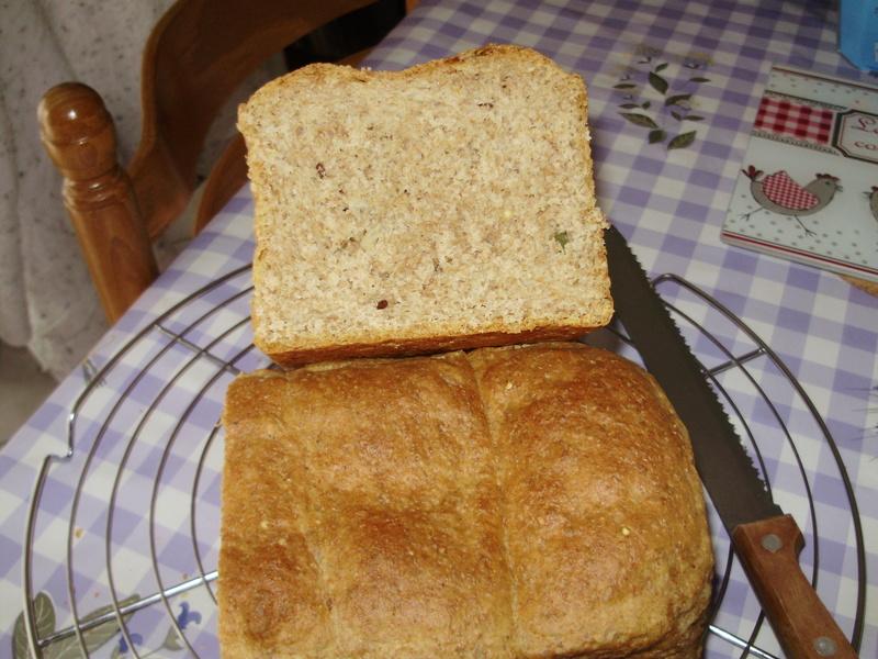 Pain de mie à la farine complète et aux graines Pain_d12