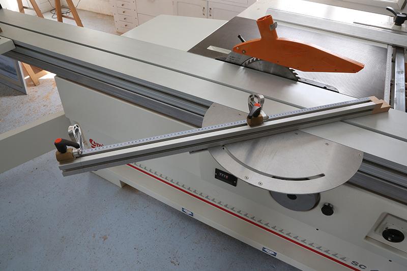 [Fabrication] Guide de coupe angulaire pour scie à format II 30_jan10