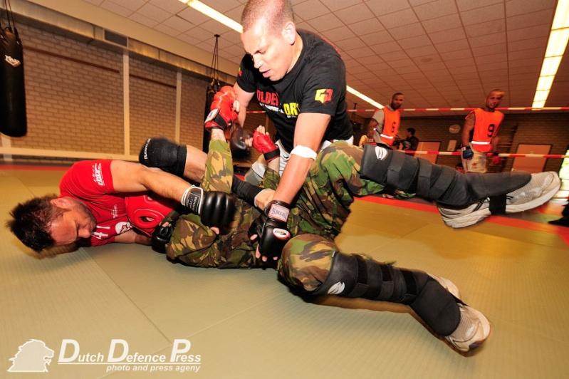 articles sur Dutch Defence Press D2011010