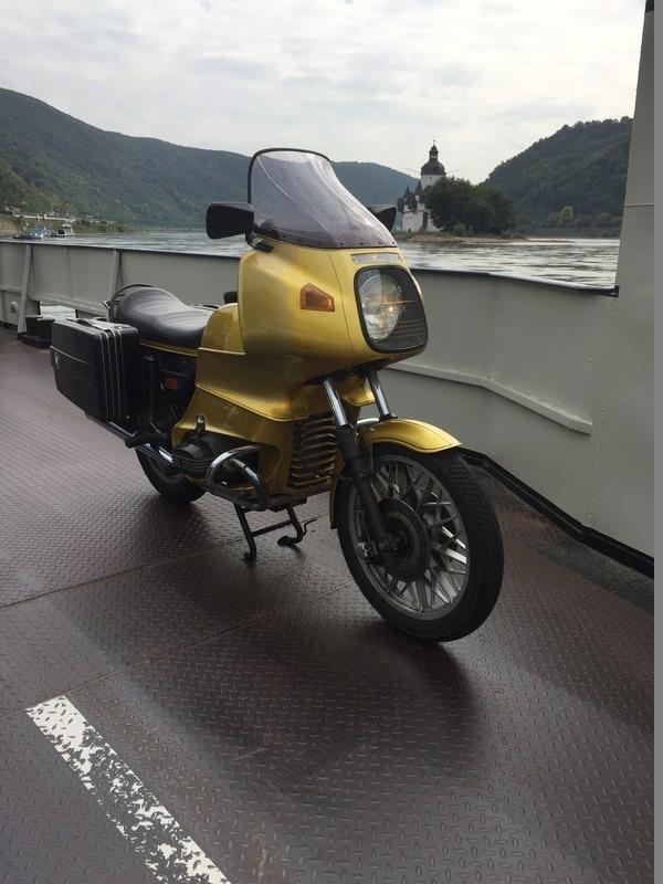 Photos de vous et de votre moto devant ....un château  - Page 15 Img_2311