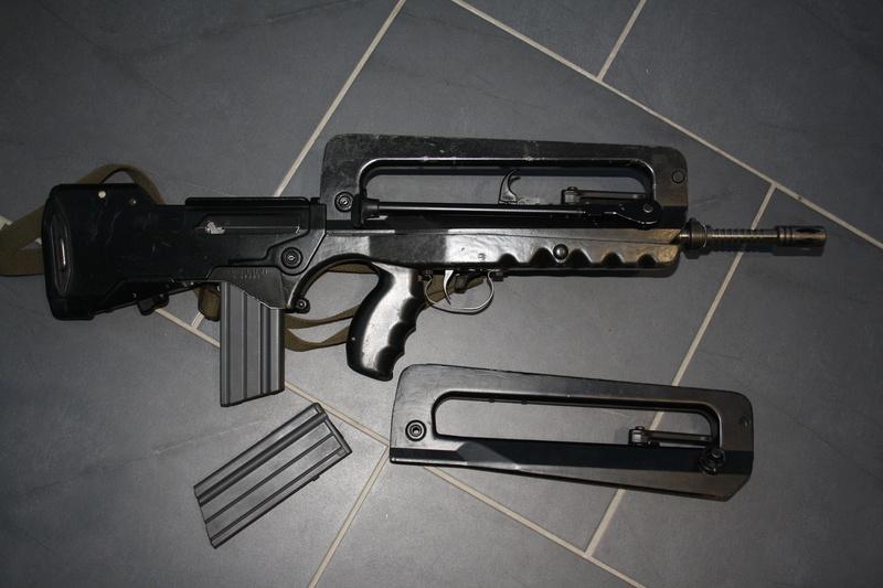 FAMAS F1 00210