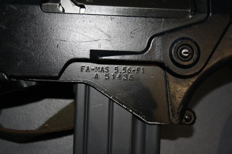 FAMAS F1 00610