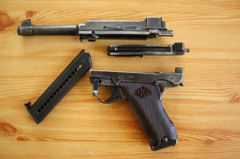 Pistolet Lahti L-35 Img_3211