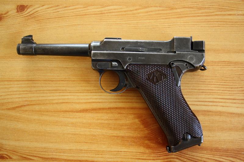Pistolet Lahti L-35 Img_3214